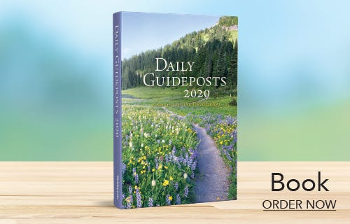 Daily Guideposts 2020 Book